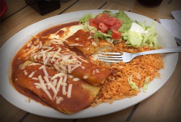 3 Amigos Mexican Grill